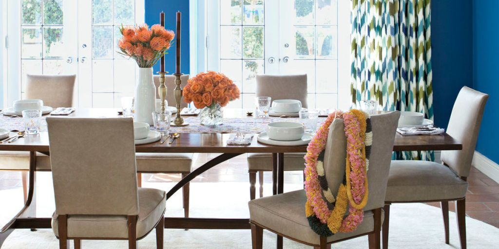 How Do You Make Your Dining Room A Place For Everyday Meals U2014 And Not Just  For Formal Occasions? Add An Eye Catching Decor Detail.