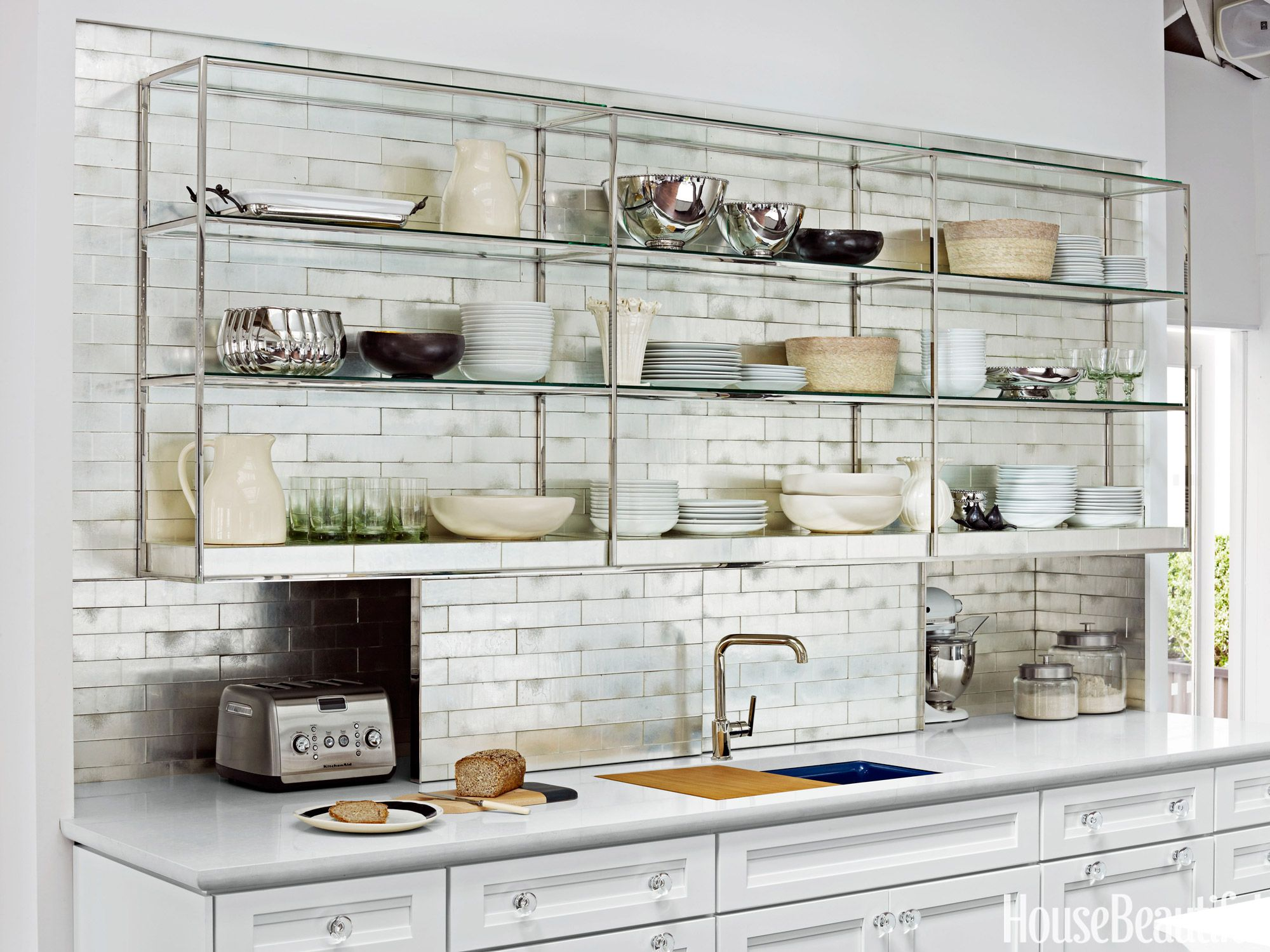 Ask a Designer: The Pros and Cons of Open Shelving