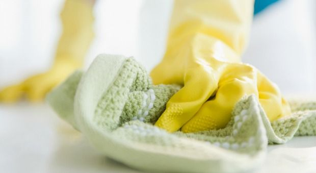 10 Cleaning Tasks You Can Totally Tackle in 5 Minutes