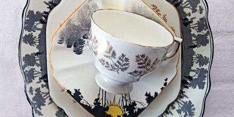 Serveware, Dishware, Porcelain, Drinkware, Cup, Teacup, Tableware, Coffee cup, Ceramic, Saucer,