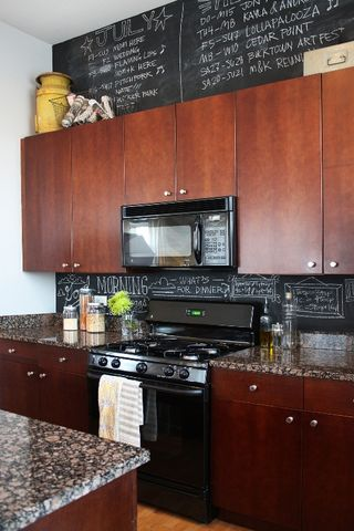 Decorating Space Above Kitchen Cabinets, Decorating Ideas For The Top Of Kitchen Cabinets Pictures