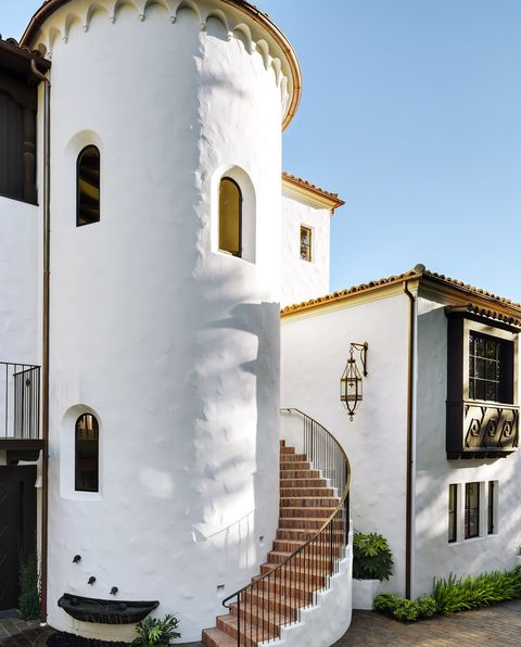 Spanish Colonial Design Style - What Is Spanish Colonial Design? on narrow house plans with stairs, narrow house plans with balcony, narrow house plans with front porch, narrow house plans with carport, narrow house plans with loft, narrow courtyard design, narrow house plans with rear garage,