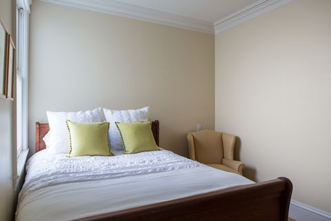 Small Guest Room Makeover Small Bedroom Advice And Tips