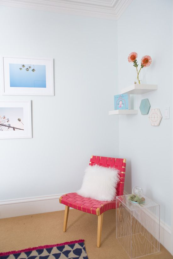 5 Styling Tips to Steal From This Tiny Guest Room Makeover
