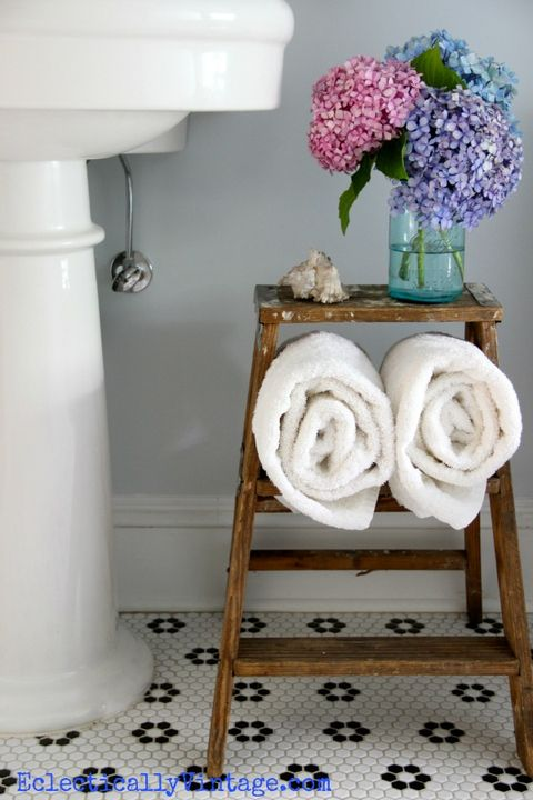 bathroom-storage-eclecticallyvintage