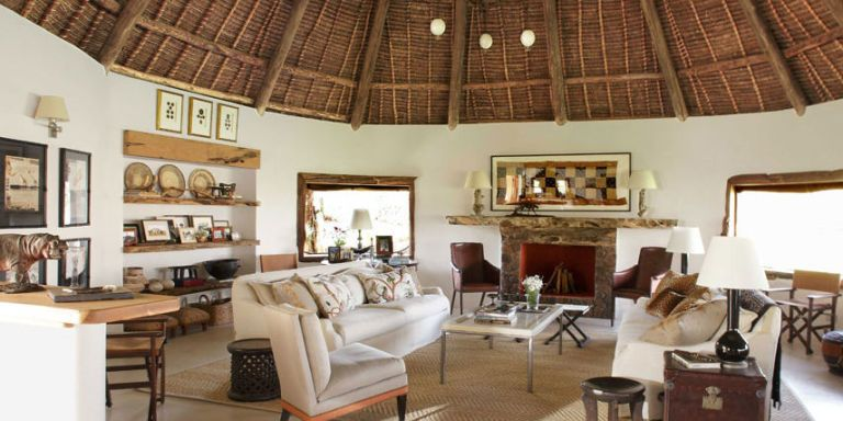 Its The Ultimate In Indoor Outdoor Living As Long Youre Okay With Rhinos On Lawn And Cheetahs Sofa Designer Suzanne Kasler Takes Us A
