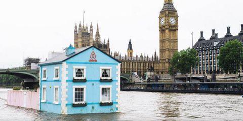 Floating Home on Thames