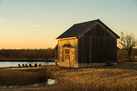 House, Rural area, Plain, Grassland, Shack, Evening, Grass family, Shed, Hut, Barn,