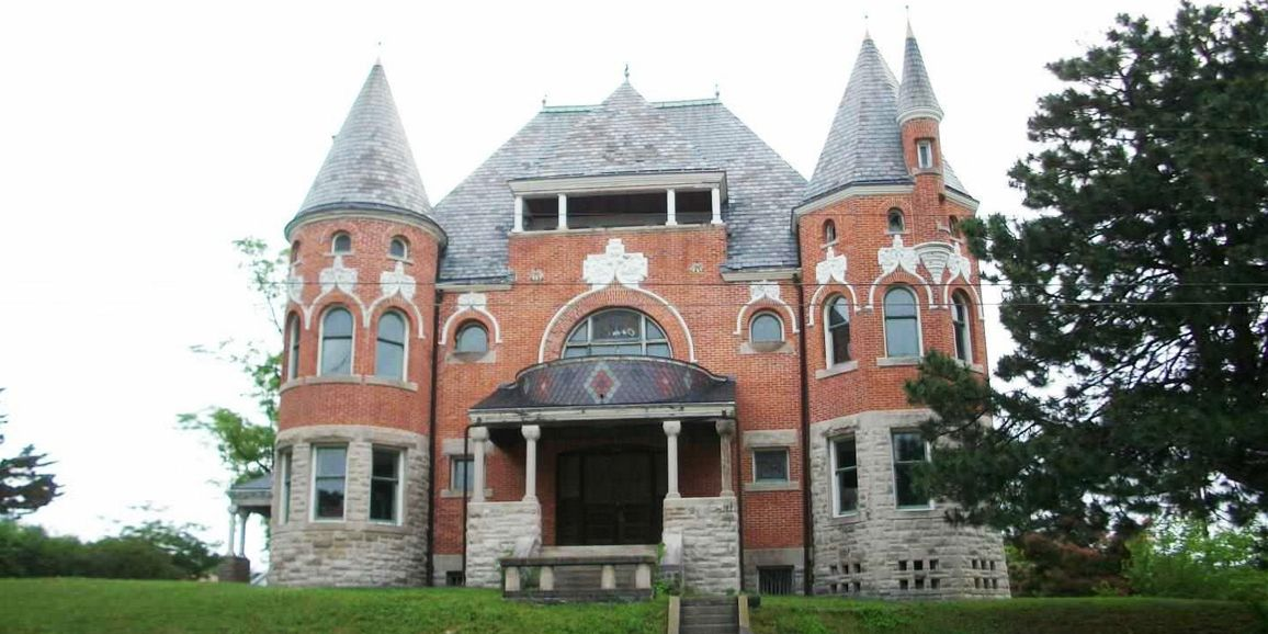 "<p>If you're going to go big, why not go really, really big? Located in <strong>Huntington, Indiana</strong>, the circa1892 Purviance House features over 17,000 square feet of glorious Châteauesque architecture overlooking the city's downtown. It is named for David Alonzo ""Lon"" Purviance, a local businessman who made a fortune in the dry goods industry and whose family occupied the home for over 50 years.</p>"