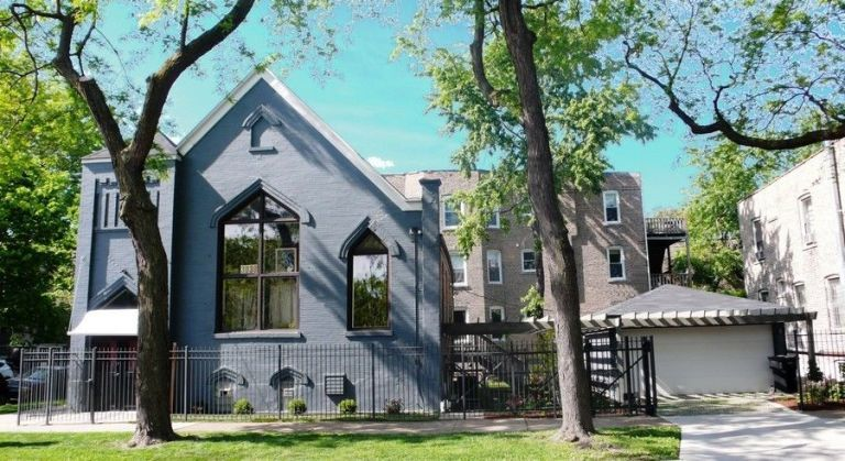 chicago converted church house unusual homes for sale. Black Bedroom Furniture Sets. Home Design Ideas