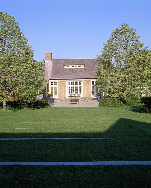 Ina Garten Hamptons Barn
