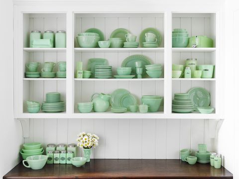 Green, Dishware, Room, Porcelain, Serveware, Teal, Turquoise, Shelving, Interior design, Wall,