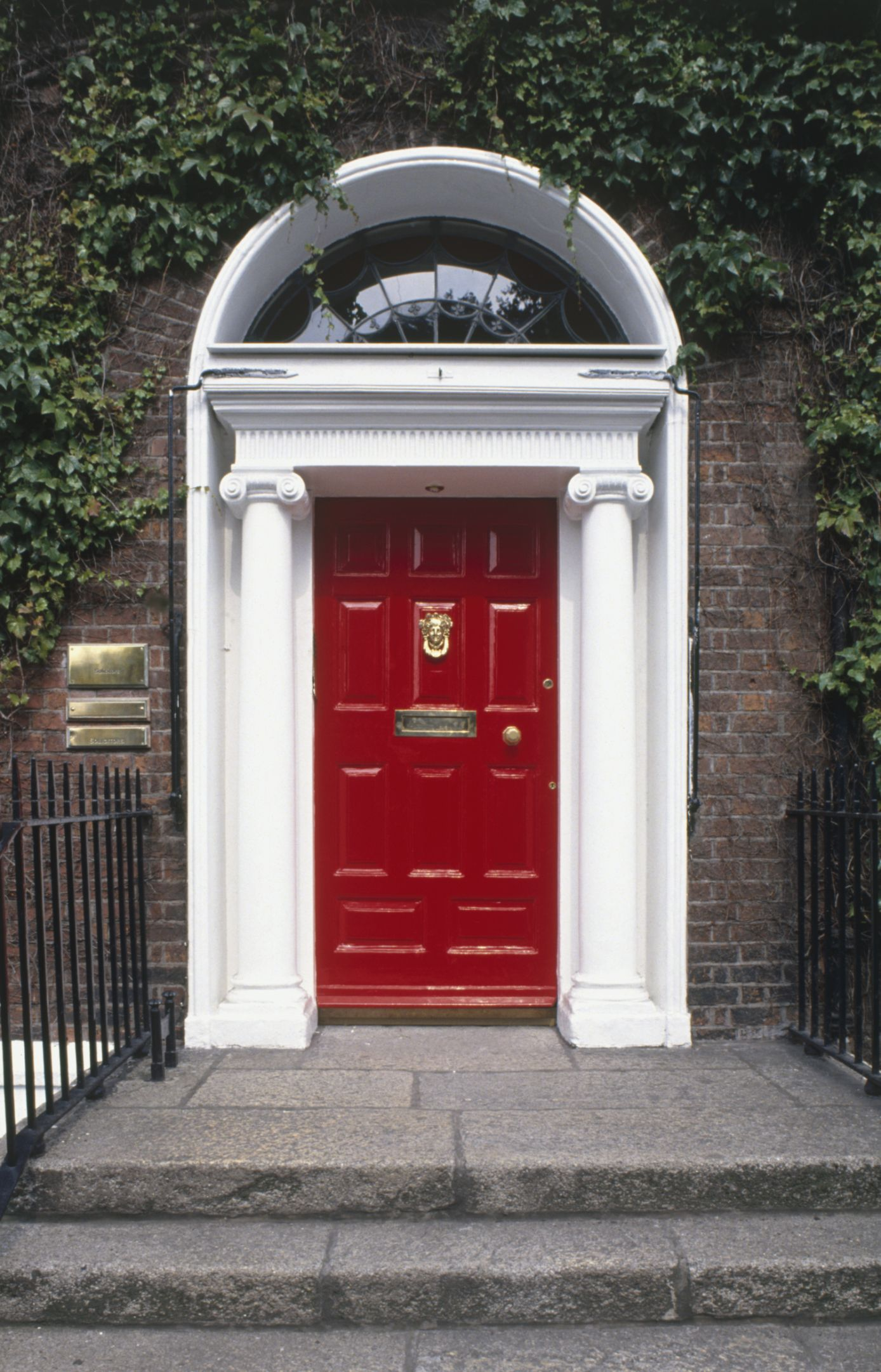 Maroon door meaning the - What does a red front door mean ...