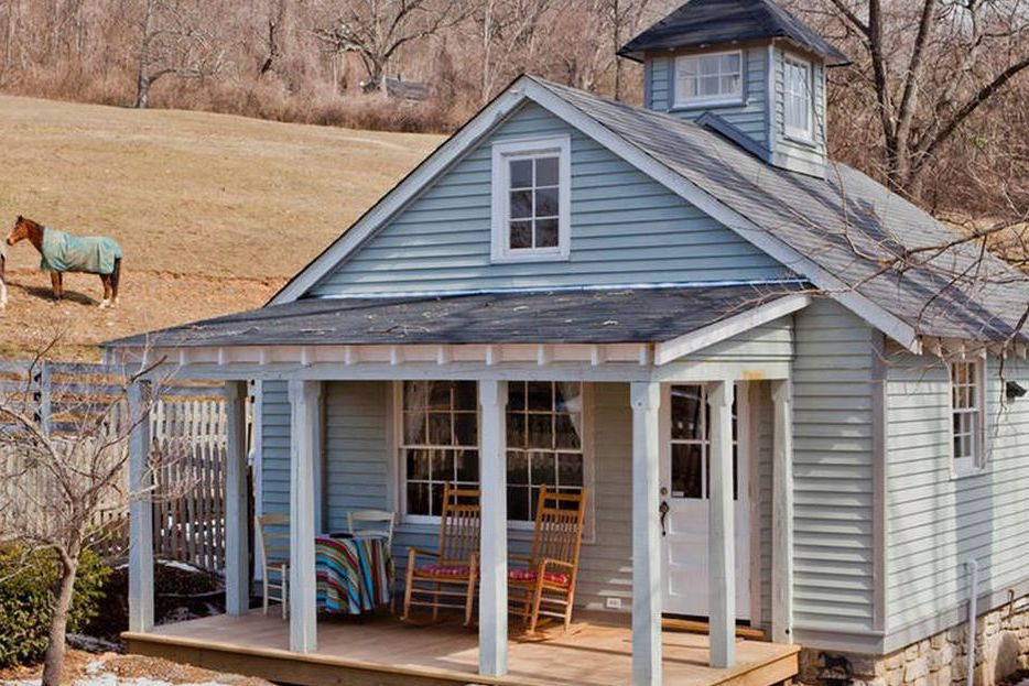 This Tiny Nashville Cottage Has Room for Everything