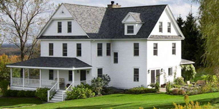 The Most Amazing Farmhouse Renovation We've Ever Seen