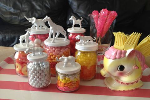 Food storage containers, Mason jar, Lid, Produce, Serveware, Couch, Peach, Sweetness, Food storage, Home accessories,