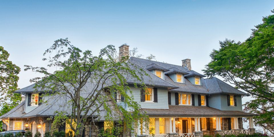 A Classic Connecticut Home That Simply Adores Blue