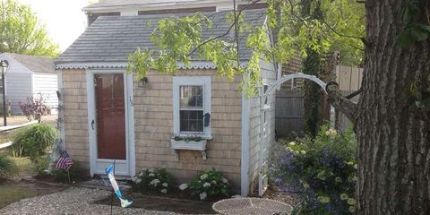 The Tiniest Cottage in Cape Cod Is Also the Cutest