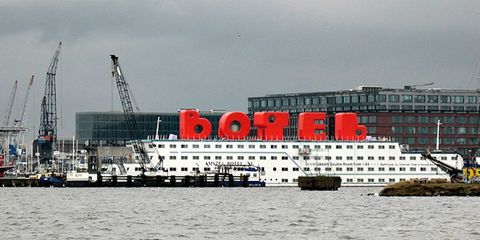 BOTEL Red Letters
