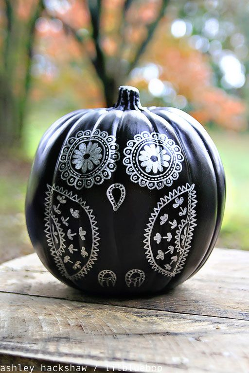 30+ Painted Pumpkin Decorating Ideas for Halloween 2017 - Designs ...