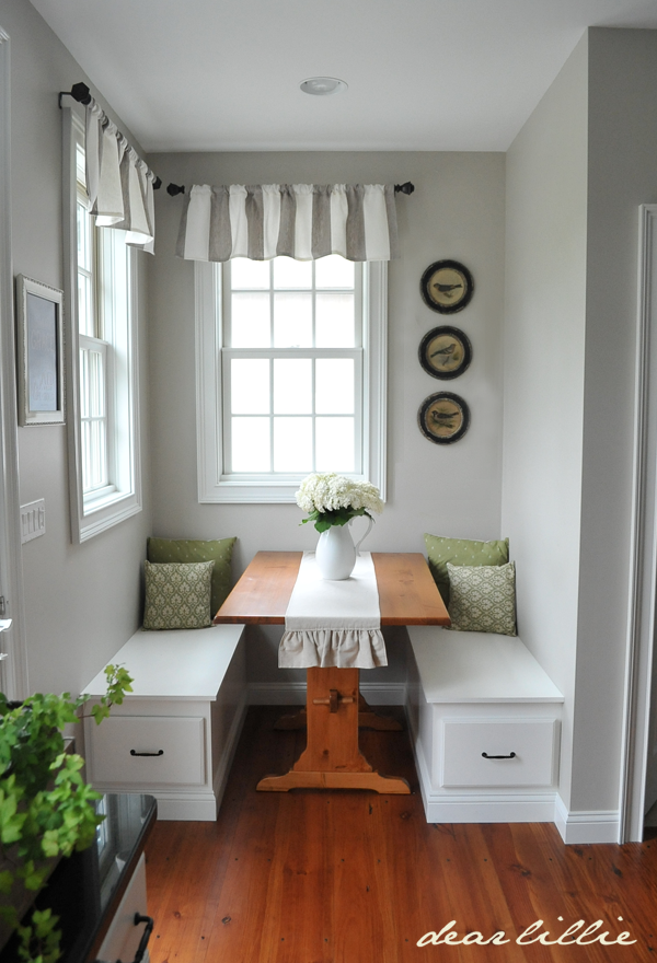 Small Dining Room Ideas   Design Tricks For Making The Most Of A Small  Dining Room Part 27