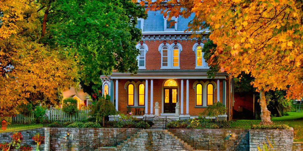 20 Inns and B&Bs With Stunning Views of Fall Foliage
