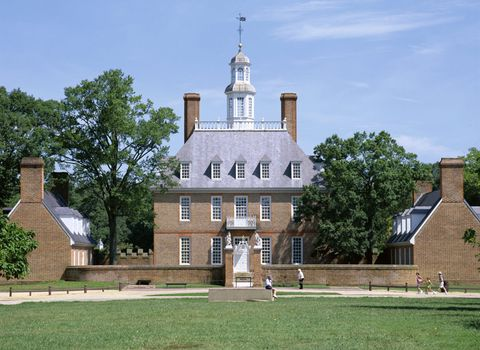 "<p>Williamsburg plays host to a number of ghosts, from Revolutionary War soldiers to former prisoners of the Williamsburg jail. Meet them all on the <a href=""https://colonialghosts.com/about/why-is-williamsburg-haunted/"" target=""_blank"">Colonial Ghosts Tour</a>.</p>"