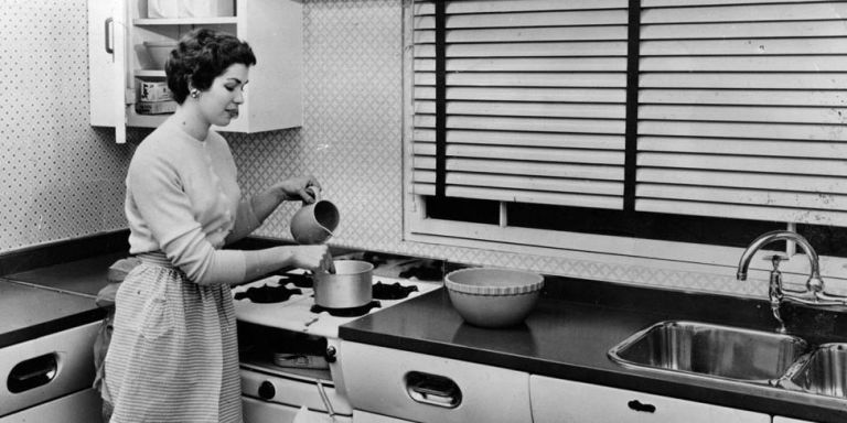 custom kitchen appliance heights in the 1930s   kitchen facts  rh   housebeautiful com