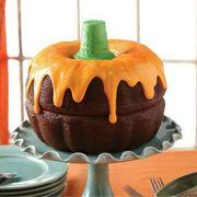 Calabaza, Pumpkin, Jack-o'-lantern, Food, Cake, Cake decorating, Candy pumpkin, Baked goods, Icing, Fruit,