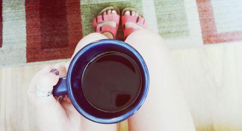 Finger, Nail, Toe, Cup, Maroon, Foot, Thumb, Coffee, Nail care, Pottery,