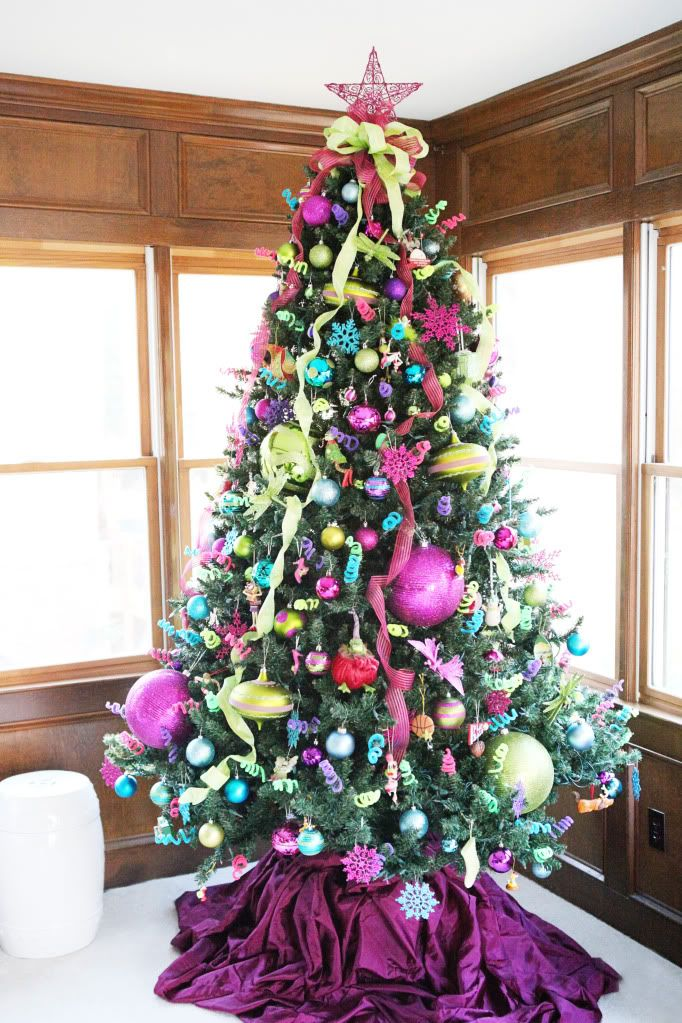 50 christmas tree decoration ideas pictures of beautiful christmas trees - Colorful Christmas Decorations