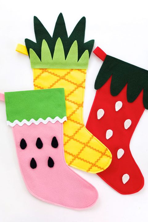 Missing the warm days of summer? DIY a set of stockings that look just like your favorite colorful fruits.  Get the tutorial at My Poppet Makes »