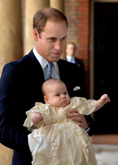 Face, Head, Ear, Coat, Dress, Child, Suit, Dress shirt, Formal wear, Tie,