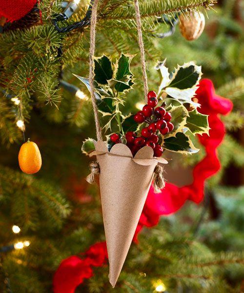 30 easy homemade christmas ornaments how to make diy christmas tree ornaments - Ornaments For Christmas Tree
