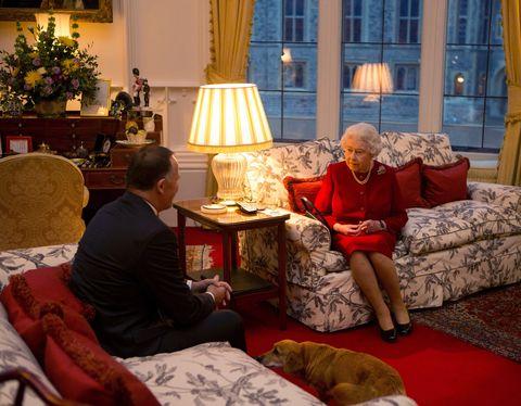 Inside Queen Elizabeth S Living Room Queen Elizabeth S Home
