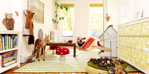 9 Things Parents With Tidy Playrooms Do Every Day