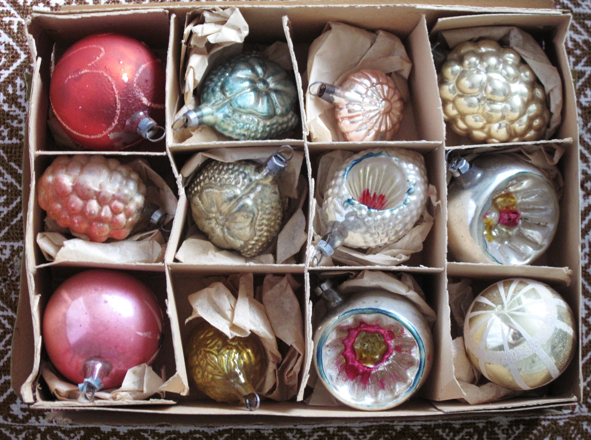 18 Vintage Christmas Decorations & Ornaments  Pictures Of Old Fashioned Christmas  Ornaments