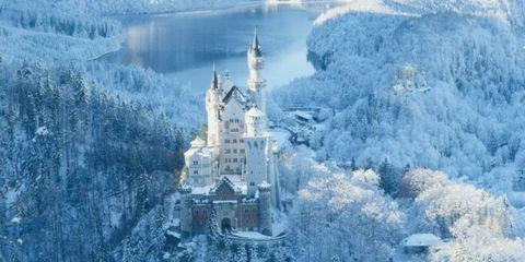 24 Photos of Beautiful Places That Look More Magical Covered in Snow