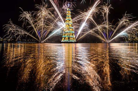 Night, Reflection, Darkness, Landmark, Purple, Midnight, Electricity, Festival, Fireworks, Holiday,