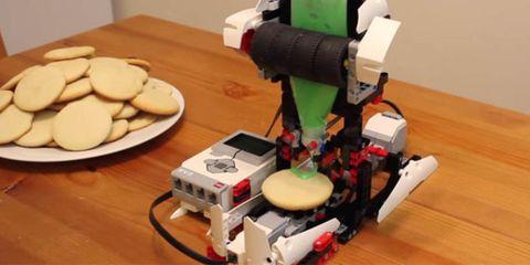 LEGO cookie decorator