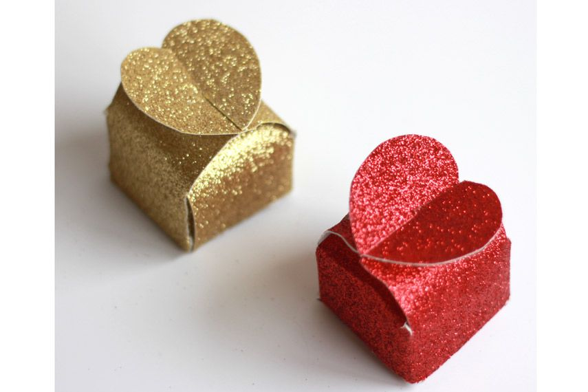 25 DIY Valentine's Day Gifts - Homemade Gift Ideas for ...