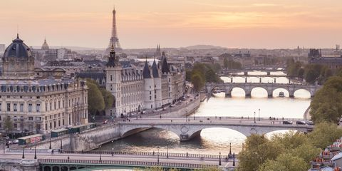 5 Most Luxurious Places to Stay in Paris