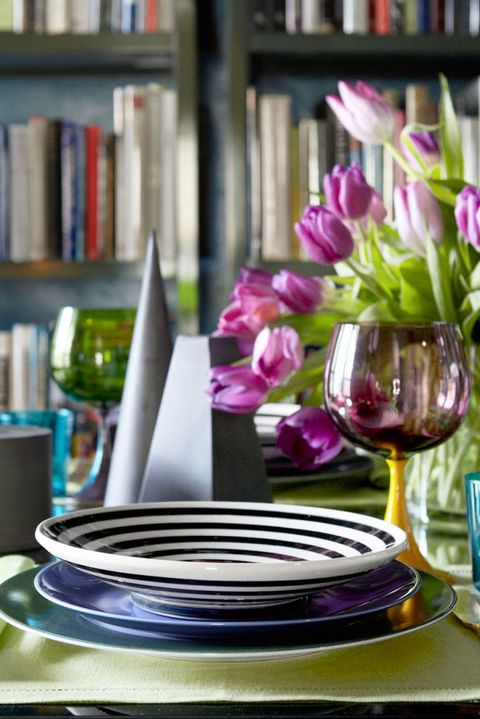 Purple, Flower, Plant, Spring, Room, Still life, Still life photography, Floral design, Dishware, Plate,