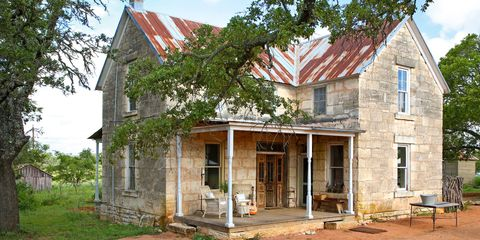A Must-See Renovation of a 19th-Century Stone House in Texas