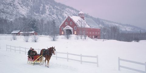 20 of America's Best Small Towns for Valentine's Day Getaways