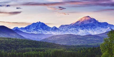 Mountainous landforms, Natural landscape, Cloud, Mountain range, Highland, Landscape, Mountain, Plain, Land lot, Valley,