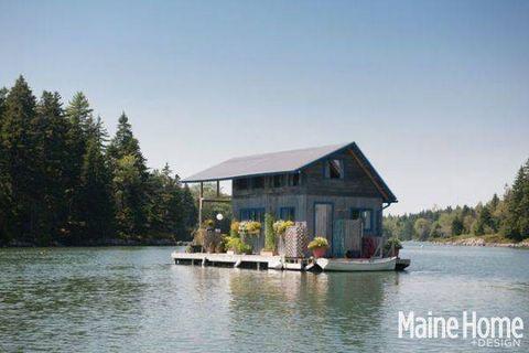 Water, House, Bank, Watercourse, Lake, Reservoir, Home, Watercraft, Roof, Evergreen,