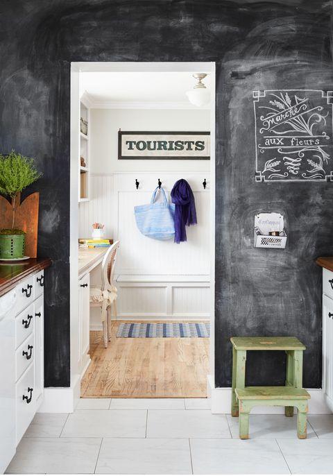 Room, Floor, Flowerpot, Flooring, Interior design, Drawer, Cabinetry, Houseplant, Interior design, Dresser,