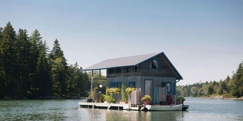 Tour a Tiny Floating Cabin in Maine That's Big on Relaxation