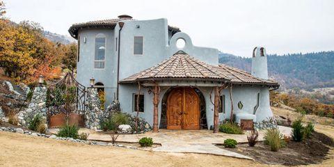 Plant, Door, House, Roof, Rural area, Village, Hill station, Flowerpot, Cottage, Hacienda,